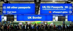 【每日速递】中国驻英国使馆发言人谈英国将实施入境隔离政策